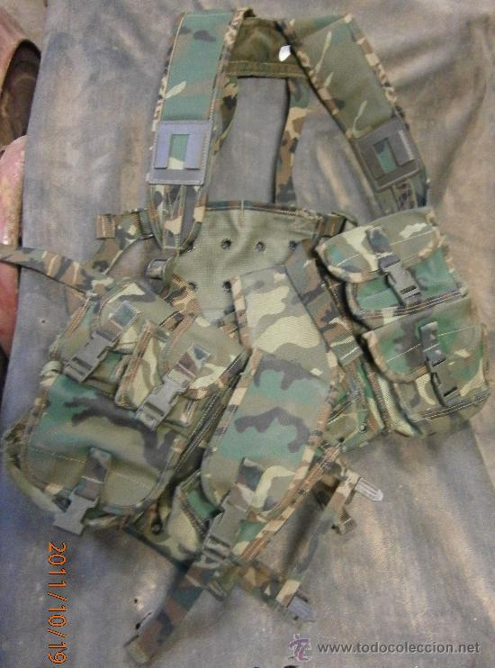 CHALECO DE CAMUFLAJE TÁCTICO. (Militar - Uniformes Españoles )