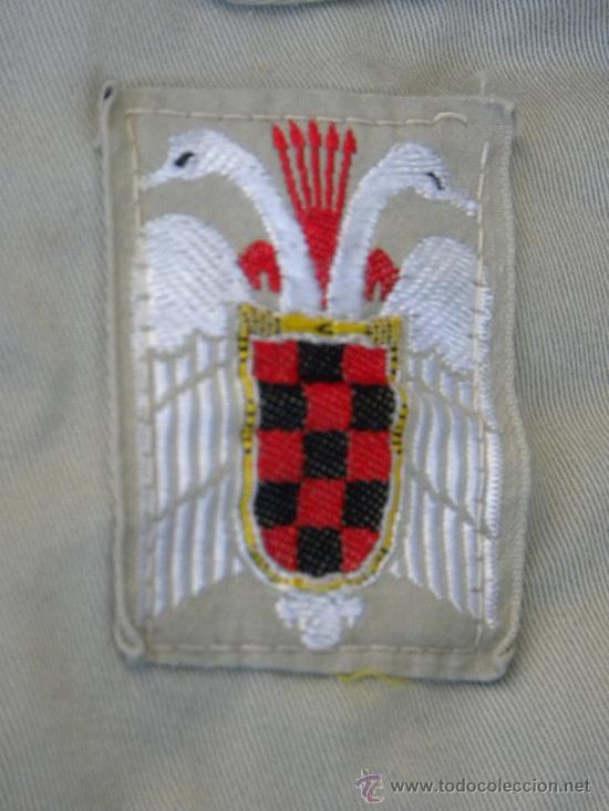 Militaria: Camisa y pantalon fecha Organizacion Juvenil Española OJE y pache de emblema en cada bolsillo c 1960 - Foto 6 - 30325747