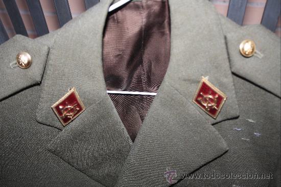Militaria: ANTIGUA CHAQUETA GUERRERA DE CORONEL DE LA LEGION ESPAÑOLA - CON MEDALLA COLECTIVA - DISTINTIVO D - Foto 2 - 32904597