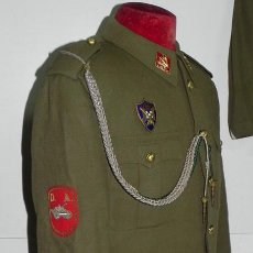 Militaria: ANTIGUO UNIFORME DE ALFEREZ, DIVISON ACORAZADA Nº 1, AÑOS 50, TODO ORIGINAL TAL COMO IBA EL PROPIETA. Lote 34938940