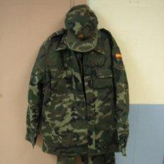 Militaria: TRAJE DE FAENA DE INVIERNO . EJERCITO ESPAÑOL OTAN. TALLA 2N DE FEC.S.A.. Lote 39049229