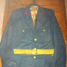 Militaria: CHAQUETA DE COMANDANTE DE AVIACION EPOCA DE FRANCO. Lote 41268275