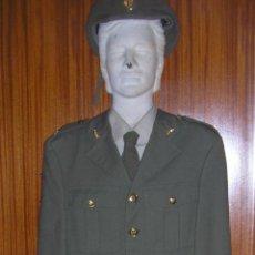 Militaria: UNIFORME COMPLETO DE INGENIEROS. EJERCITO DE TIERRA ESPAÑOL. Lote 42909676