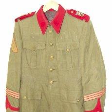 Militaria: GUERRERA, CHAQUETA DE CABO GASTADOR DE LA GUARDIA DEL GENERALISIMO FRANCO, REGLAMENTO 1940/1952.. Lote 45062317