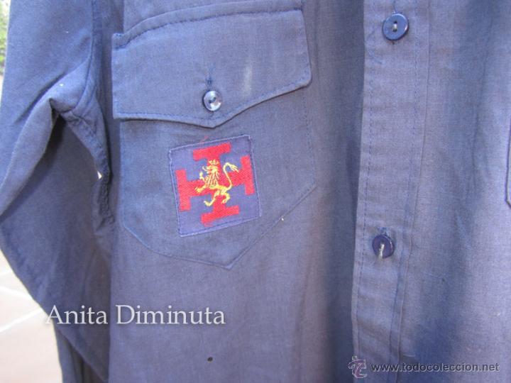 Militaria: ANTIGUA CAMISA DE LA ORGANIZACIÓN JUVENIL ESPAÑOLA - OJE - CADETE O GUIA - CON SUS DOS PARCHES DE OJ - Foto 4 - 46009316