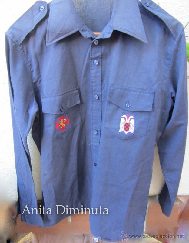 Militaria: ANTIGUA CAMISA DE LA ORGANIZACIÓN JUVENIL ESPAÑOLA - OJE - CADETE O GUIA - CON SUS DOS PARCHES DE OJ - Foto 6 - 46009316