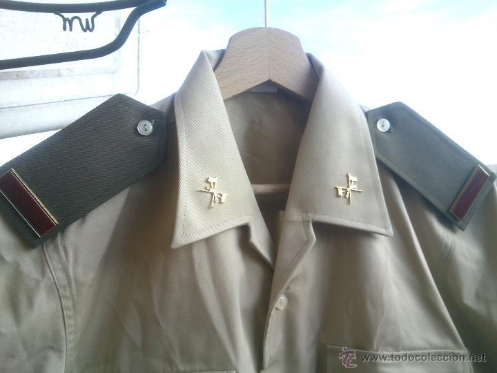 CAMISA TRAJE DE BONITO,CON GALONES E INSIGNIAS.TALLA;40. (Militar - Uniformes Españoles )