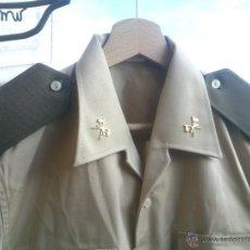 Militaria: CAMISA TRAJE DE BONITO,CON GALONES E INSIGNIAS.TALLA;40.. Lote 48391702