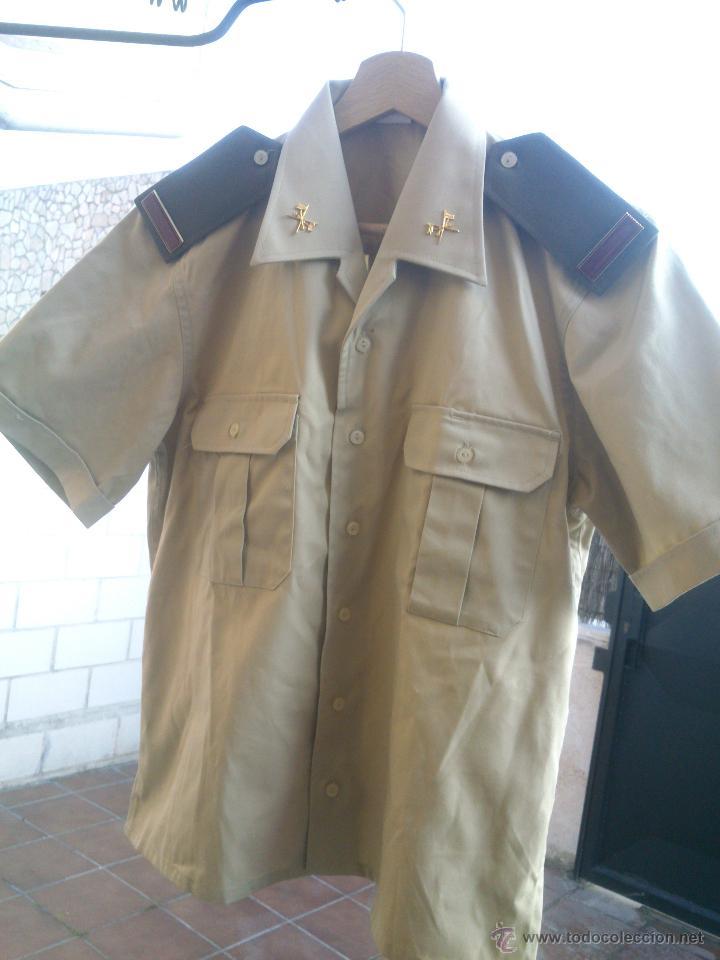 Militaria: CAMISA TRAJE DE BONITO,CON GALONES E INSIGNIAS.TALLA;40. - Foto 2 - 48391702