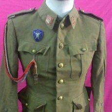 Militaria: ANTIGUA CHAQUETA MILITAR. Lote 49560123