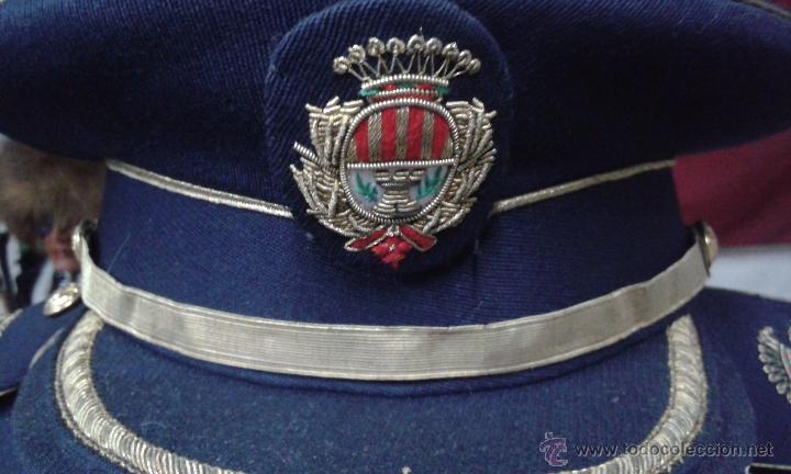 Militaria: GUERRERA Y GORRA JEFE POLICIA LOCAL DE TERRASSA AÑOS 60 - Foto 5 - 51241697