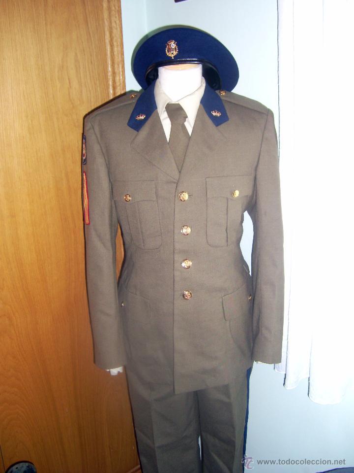 Uniforme De La Guardia Real Comprar Uniformes Militares