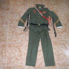 Militaria: UNIFORME MILITAR DE SARGENTO, EJERCITO ESPAÑOL DE LOS AÑOS 60-70 CON INSIGNIAS,CINTURON,SOMBRERO ETC. Lote 57609392