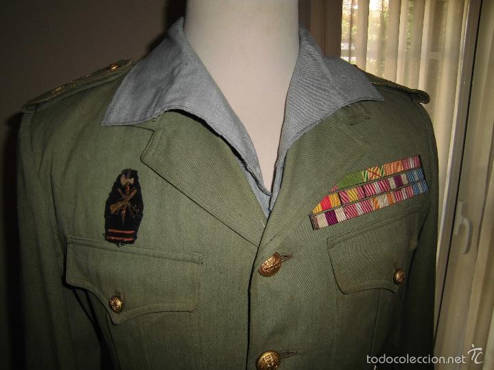 ANTIGUA GUERRERA EN SARGA DE CAPITÁN DE LA LEGIÓN CON PASADOR DE DIARIO. (Militar - Uniformes Españoles )