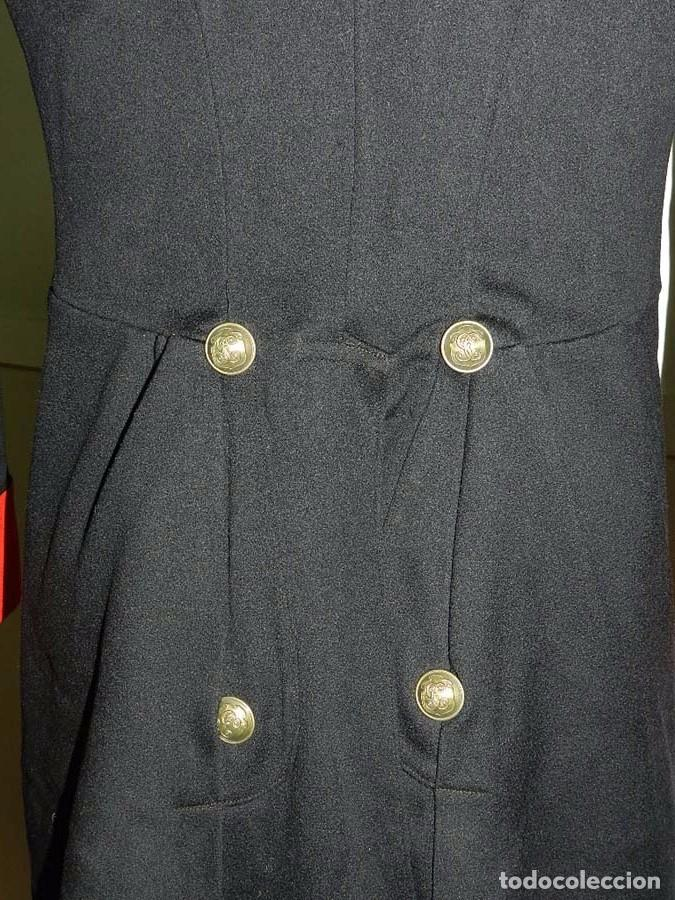 Militaria: Chaqueta o casaca de la Guardia Civil, época de la II Republica, con insignias metalicas en el cuell - Foto 8 - 67222349