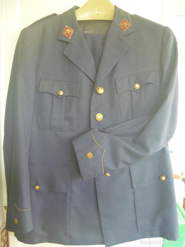 AVIACION : UNIFORME DE COMANDANTE PILOTO . EPOCA DE FRANCO (Militar - Uniformes Españoles )