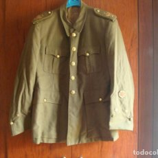 Militaria: GUERRERA DE TENIENTE CON MEDALLA COLECTIVA BORDADA CADIZ 18 DE JULIO 1936 AL MERITO EN CAMPAÑA. Lote 71959515