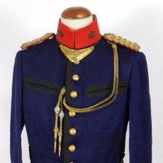 Militaria: ANTIGUA GUERRERA DE GALA DE REGIMIENTO DE INFANTERIA, EPOCA DE ALFONSO XIII, CON SUS HOMBRERAS DE HI. Lote 73638899