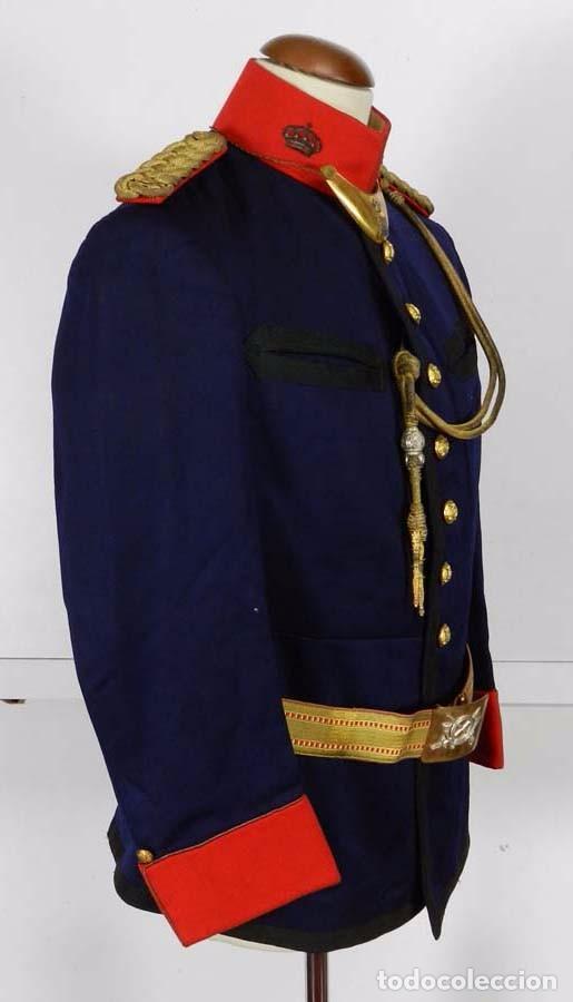 Militaria: ANTIGUA GUERRERA DE GALA DE REGIMIENTO DE INFANTERIA, EPOCA DE ALFONSO XIII, CON SUS HOMBRERAS DE HI - Foto 5 - 73638899