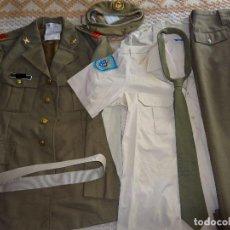 Militaria: UNIFORME DE CABO DEL CUERPO DE LOGÍSTICA REGIÓN MILITAR DE CANARIAS. GORRA CORBATA CAMISAS. 2,4 KG. Lote 79111049