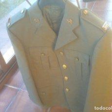 Militaria: CHAQUETA GUERRERA DE UNIFORME EJERCITO DE TIERRA. Lote 85001908