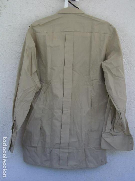 Militaria: CAMISA MILITAR ESPAÑOLA. MANGA LARGA. TALLA 42, COLOR BEIGE,GARBANZO,ARENA,REPRESENTACIÓN - Foto 3 - 244673800