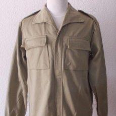 Militaria: CAMISOLA EJÉRCITO ESPAÑOL M67, AÑO 1977.. Lote 94433714