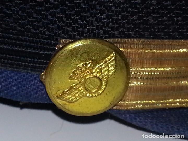 Militaria: ANTIGUO UNIFORME MILITAR COMANDANTE EJERCITO DEL AIRE EPOCA FRANCO CON GORRA CINTURON CHAQUETON - Foto 6 - 95225851