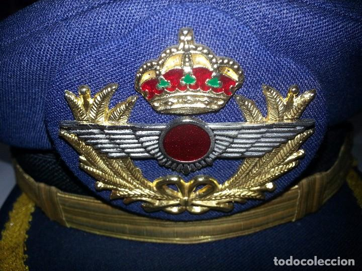Militaria: ANTIGUO UNIFORME MILITAR COMANDANTE EJERCITO DEL AIRE EPOCA FRANCO CON GORRA CINTURON CHAQUETON - Foto 22 - 95225851