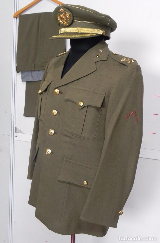 Militaria: ANTIGUO UNIFORME DE GENERAL DEL ESTADO MAYOR, ARMA DE ARTILLERIA, CON ANGULO DE HERIDO, LLEVA CHAQUE - Foto 2 - 97579859