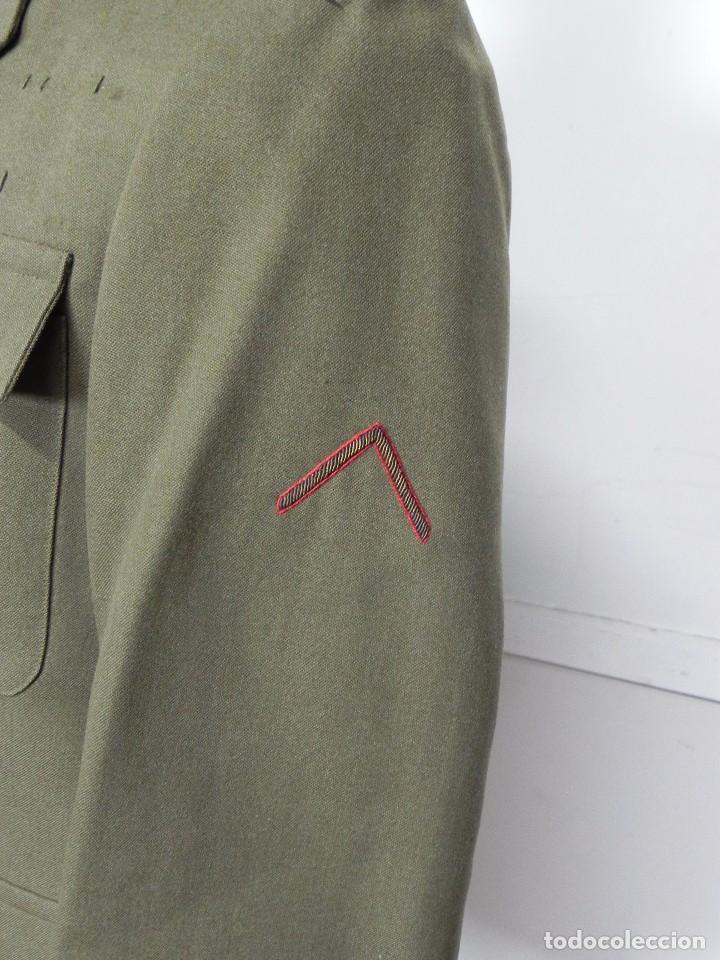 Militaria: ANTIGUO UNIFORME DE GENERAL DEL ESTADO MAYOR, ARMA DE ARTILLERIA, CON ANGULO DE HERIDO, LLEVA CHAQUE - Foto 3 - 97579859