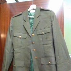 Militaria: GUERRERA O CHAQUETA EJERCITO ESPAÑÓL ORIGINAL NUEVA TALLA 44. Lote 103029027