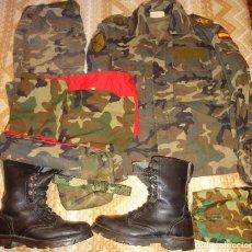 Militaria: UNIFORME MILITAR LEGION CAMUFLAJE. IV TERCIO X BANDERA. CHUPITA PANTALÓN BOTAS PAÑOLETA. 3 KG. Lote 104561583
