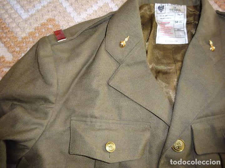 Militaria: UNIFORME MILITAR SOLDADO ARTILLERÍA AÑO 1989 GUERRERA PANTALÓN CAMISAS CORBATA CUBERTAJE BOINA 2,5KG - Foto 4 - 122375284