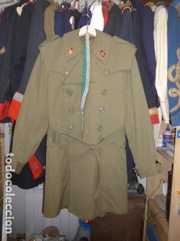 * ANTIGUA CHAQUETA GABARDINA MILITAR ESPAÑOLA, DE ALFEREZ DE INFANTERIA FRANQUISTA. ORIGINAL. ZX (Militar - Uniformes Españoles )