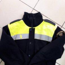 Militaria: UNIFORME POLICÍA. CAZADORA POLAR POLICIA LOCAL MELILLA, TALLA L. Lote 109500835