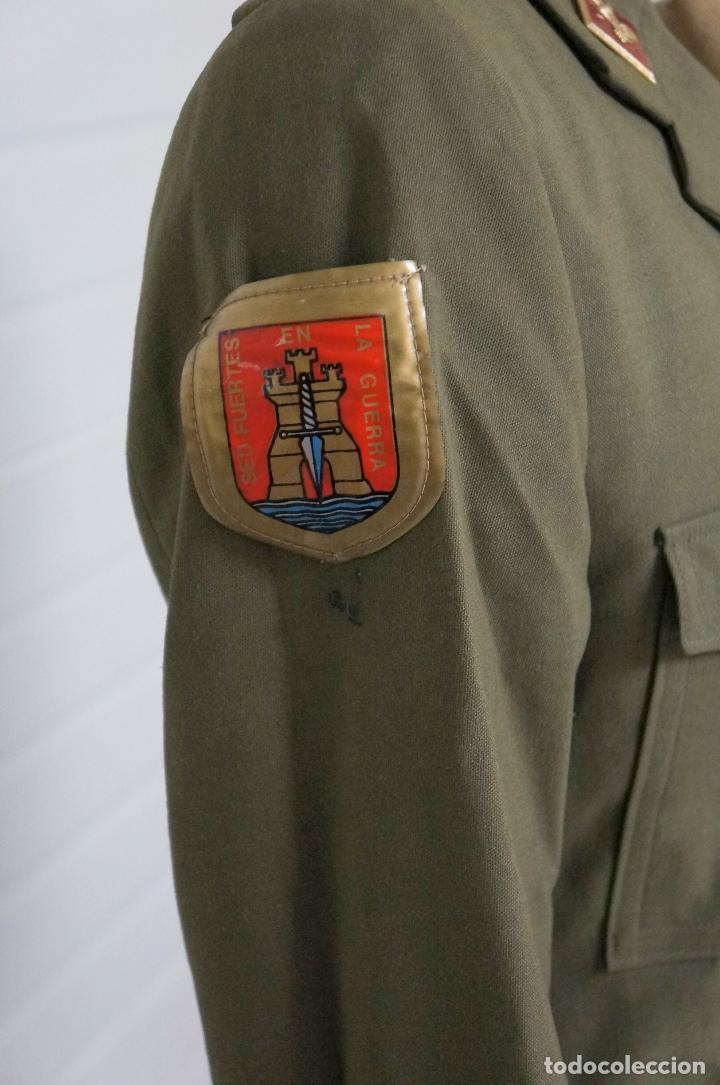 Militaria: UNIFORME MILITAR SARGENTO DE INGENIEROS EJERCITO DE TIERRA BOTONES POLICÍA ARMADA - Foto 3 - 146974482
