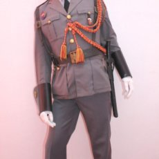 Militaria: UNIFORME DE LA POLICIA ARMADA. Lote 109533863