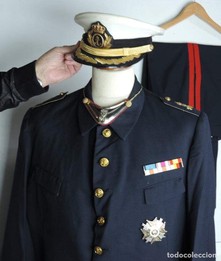 Militaria: Uniforme de comandante de Infantería de marina, Chaqueta, Gola, cinturon, gorra, pantalón, placa de - Foto 4 - 110193351