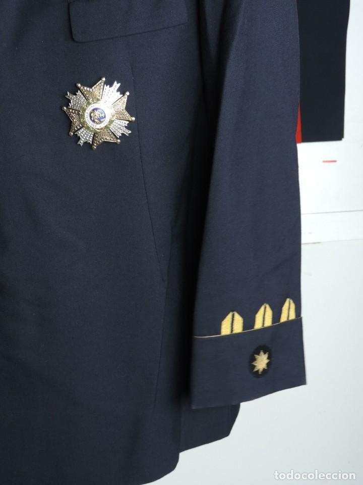 Militaria: Uniforme de comandante de Infantería de marina, Chaqueta, Gola, cinturon, gorra, pantalón, placa de - Foto 7 - 110193351