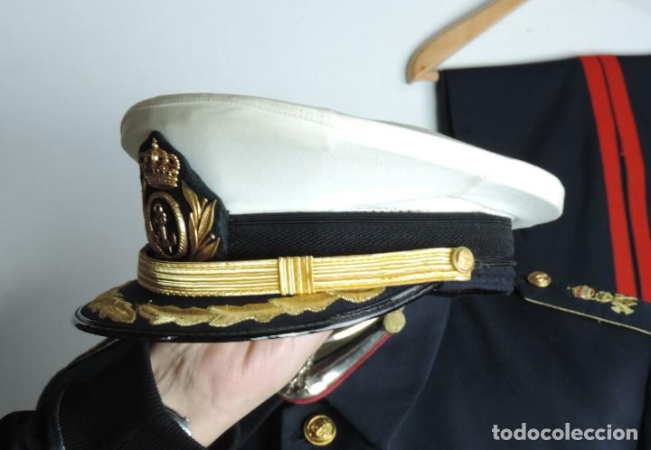 Militaria: Uniforme de comandante de Infantería de marina, Chaqueta, Gola, cinturon, gorra, pantalón, placa de - Foto 10 - 110193351