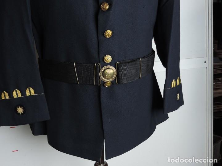 Militaria: Uniforme de comandante de Infantería de marina, Chaqueta, Gola, cinturon, gorra, pantalón, placa de - Foto 15 - 110193351