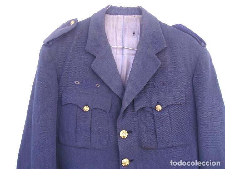 Militaria: GUERRERA DE SARGENTO DE AVIACIÓN, CHAQUETA EJÉRCITO DEL AIRE, REGLAMENTO 1946, 50 CMS ENTRE COSTURAS - Foto 2 - 116783247