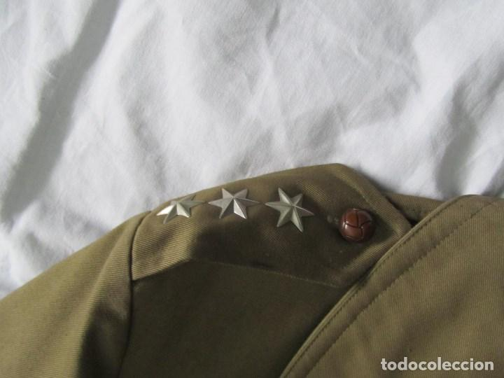 Militaria: Gabardina de Capitán Judicial Ejército de Tierra - Foto 8 - 119468415