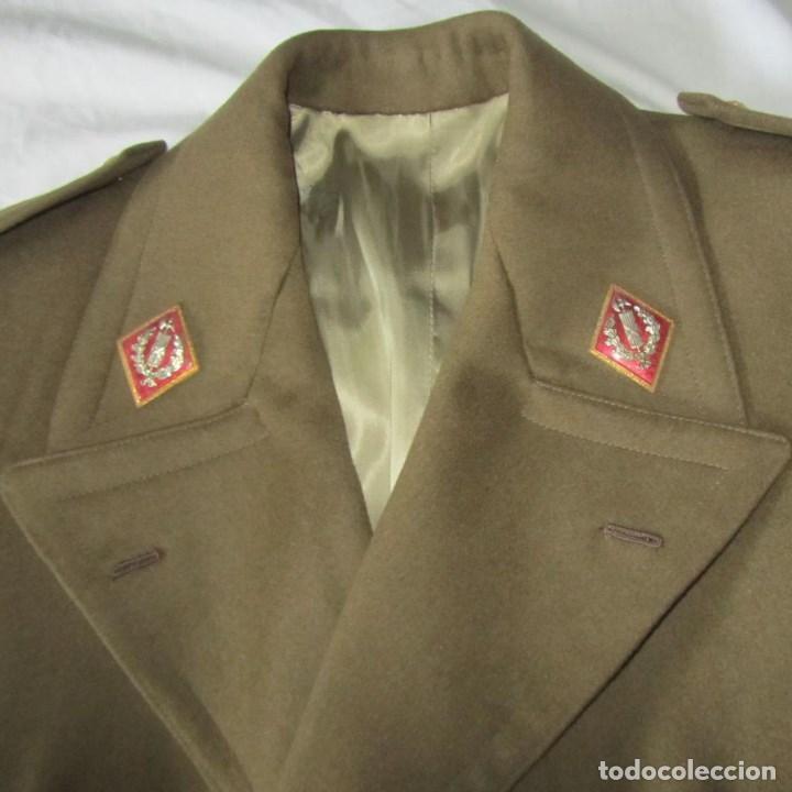 ABRIGO DE CAPITÁN JUDICIAL EJÉRCITO DE TIERRA (Militar - Uniformes Españoles )