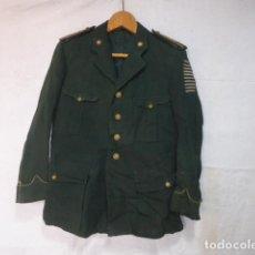 Militaria: ANTIGUA Y RARISIMA GUERRERA DE COMANDANTE DE CRUZ ROJA CON 10 BARRITAS BORDADAS, FRANQUISTA.. Lote 122679803