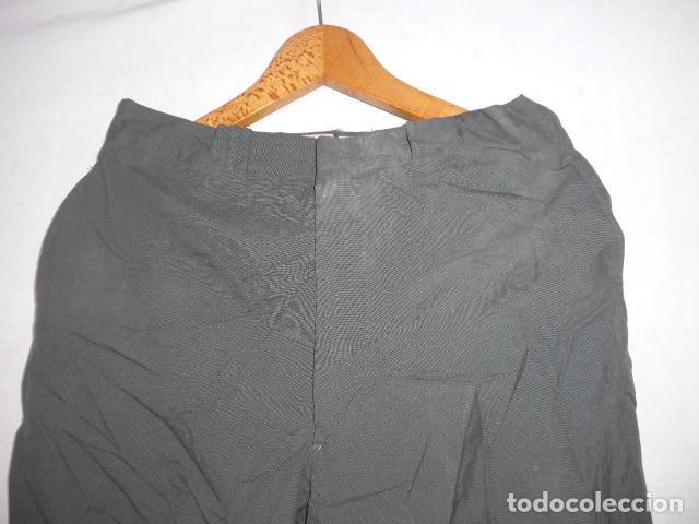Militaria: Antiguo pantalon recto a identificar, color tipo guardia civil. Original, pantalones. - Foto 2 - 123506815