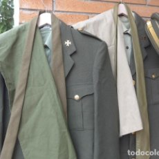 Militaria: * UNIFORMES COMPLETOS DE COMANDANTE ESPAÑOL DE SANIDAD MILITAR. GORRA, GUERRERAS, PANTALONES... ZX. Lote 125748675