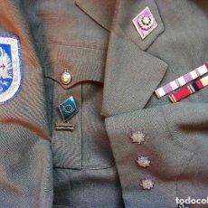 Militaria: UNIFORME CORONEL EJÉRCITO ESPAÑOL. ÉPOCA DE FRANCO. BURGOS.. Lote 128112011