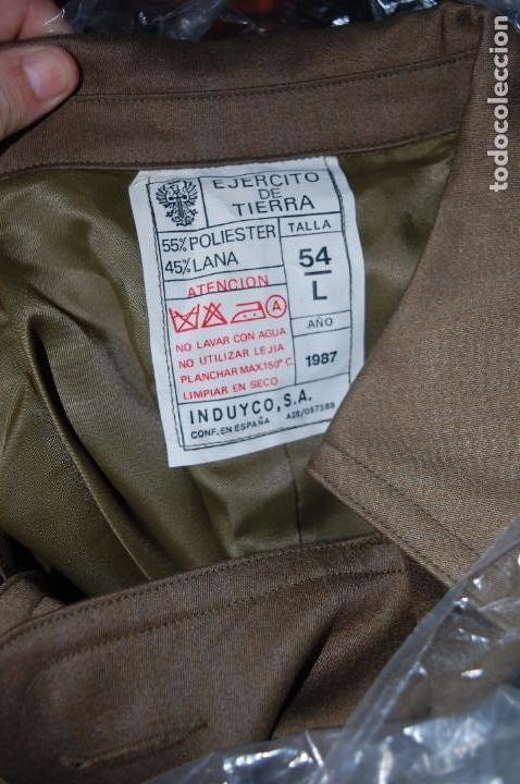 Militaria: EJERCITO ESPAÑOL. ANTIGUO CHAQUETON TRES CUARTOS. PARA OFICIAL Y SUBOFICIAL. IMPECABLE ESTADO - Foto 10 - 128535207